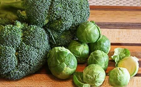 Brokkolie und Rosenkohl